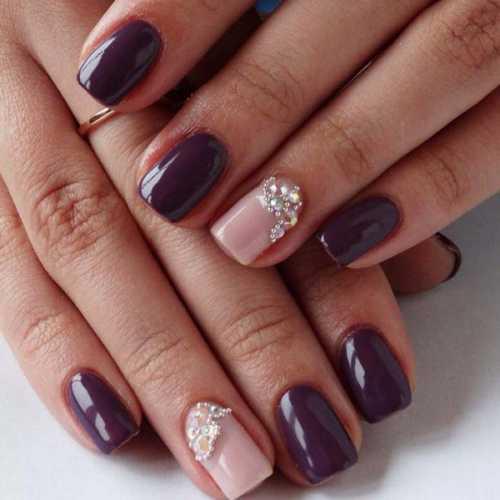 Эти изменения происходят не только в форме ногтей, но также затрагивают и оттенки цветов