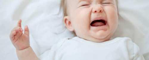 У ребёнка болит живот и рвёт